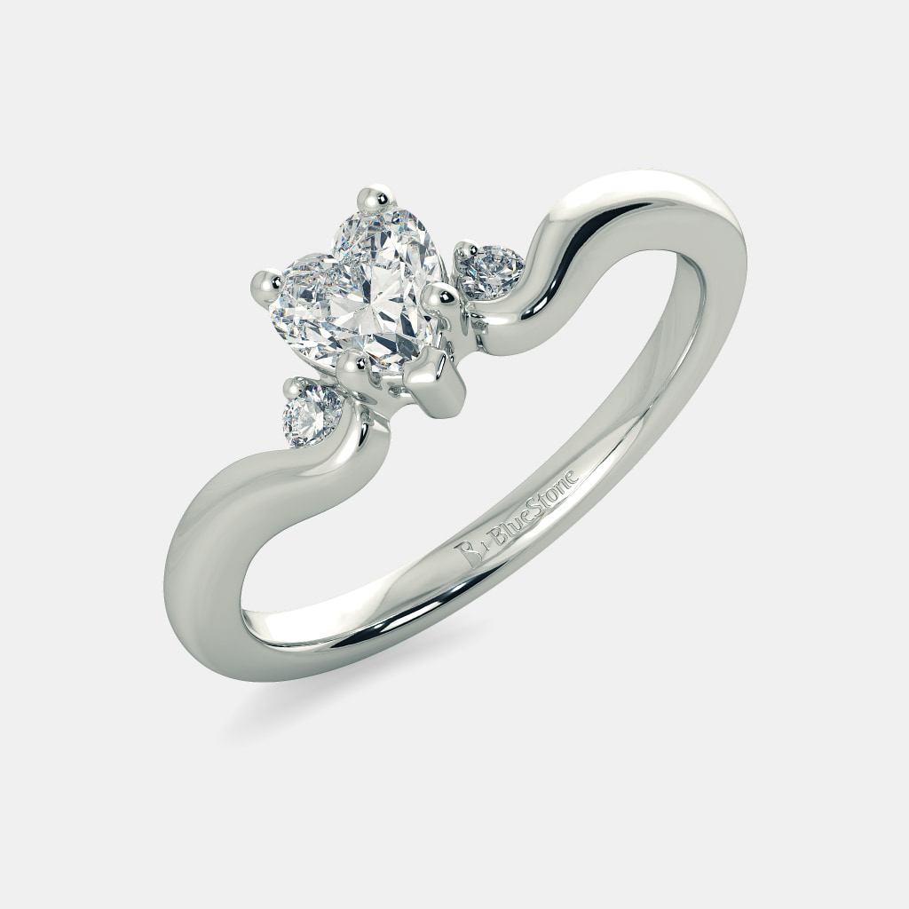 The Regal Heart Ring Mount